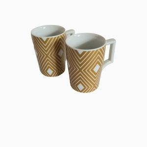 Set of 2 retro style Starbucks cups mugs